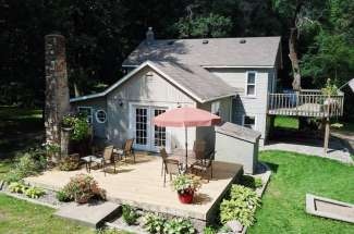 Akeley Home 32956 190th St