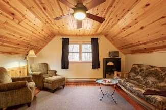 Stony Lake 4417 Robin Ln NW